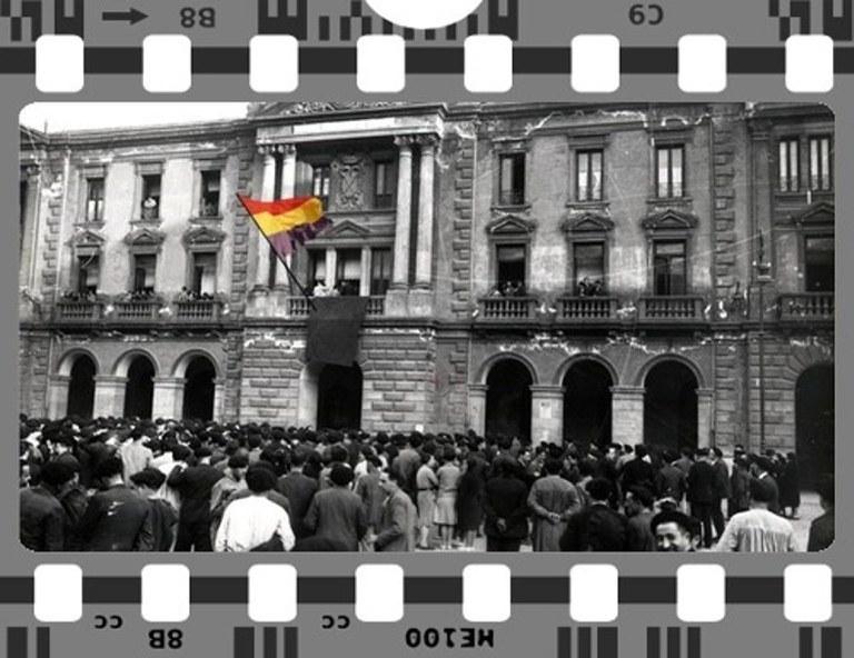 Archivo Municipal. ¿Sabías que Eibar recibió el título de Muy Ejemplar Ciudad por haber sido la primera población en proclamar la Segunda República?