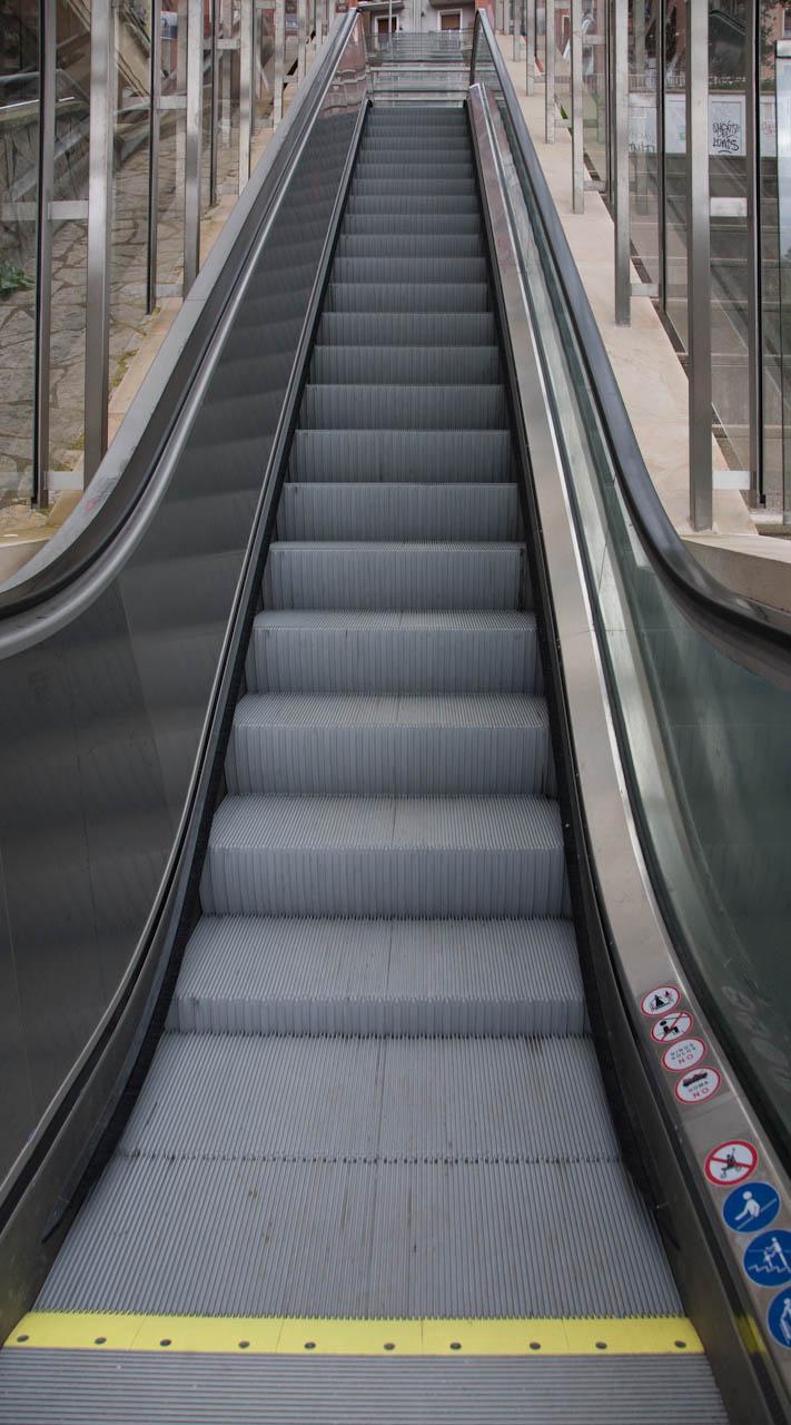 El sistema de parada automática de las escaleras mecánicas se amplía a otros nueve tramos
