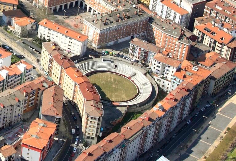En marcha los trabajos de la segunda fase de renovación de la plaza de toros como espacio recreativo