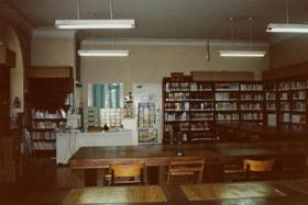 Biblioteca en Unzaga