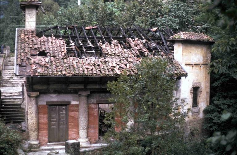 Ermita de San Rafael de Maltzaga, tras su incendio. Foto: cedida a Ego Ibarra.