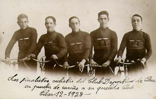 Grupo ciclista GAC (1928), entre ellos, Félix Gojenola. Foto: fondo particular.