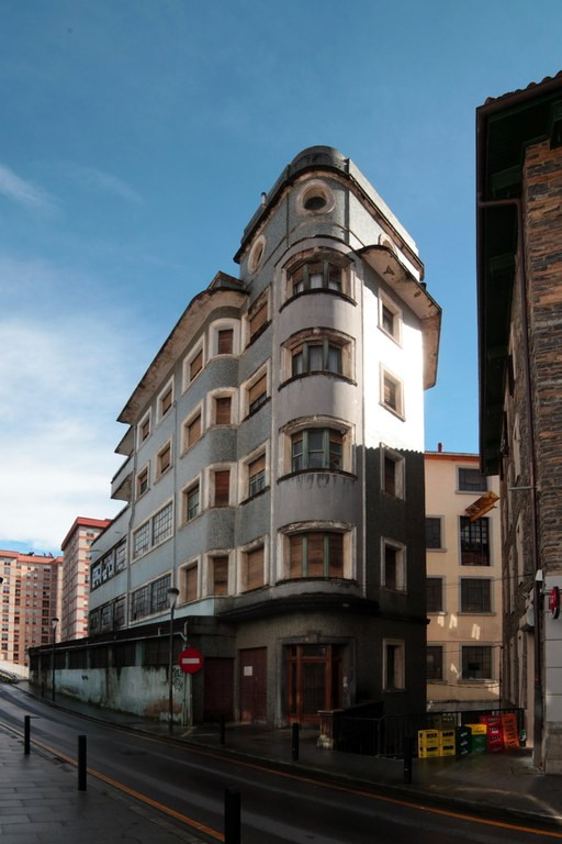 La investigación sobre el Patrimonio Industrial Inmueble de Eibar de la Comisión Ego Ibarra sigue por buen camino