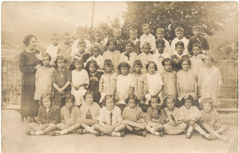 La memoria de las mujeres eibarresas en Eibartarren Ahotan