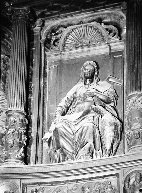 La Sanjuan sorba y el himno de San Juan: ritos y tradiciones eibarresas.