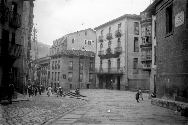 """Pronto saldrá a la luz el libro """"Viaje por el país de los recuerdos"""" de Toribio Etxeberria, en el 50 aniversario de su publicación"""