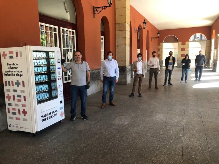 Presentación de las nuevas máquinas expendedoras de vending.