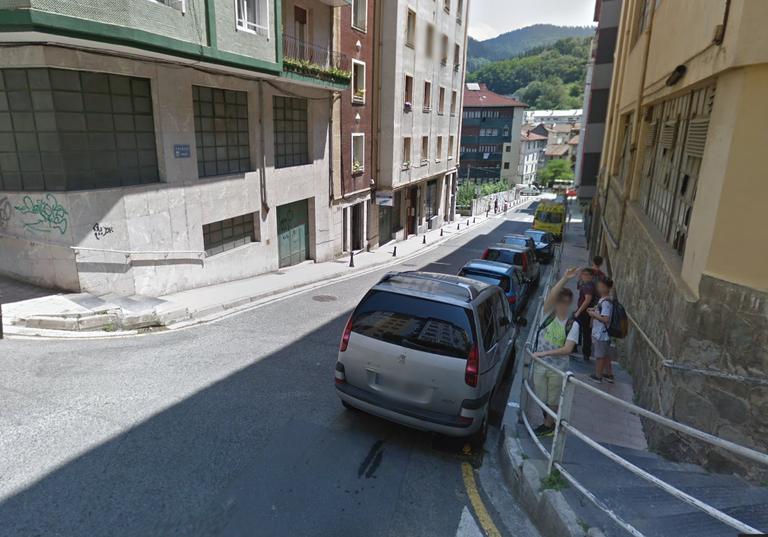 El acceso peatonal desde Pagaegi a Jardiñeta será mejorado mediante rampas