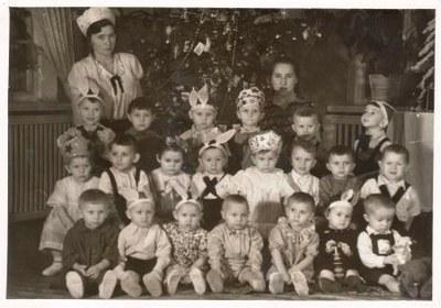 El album fotográfico de los niños de la guerra en la red