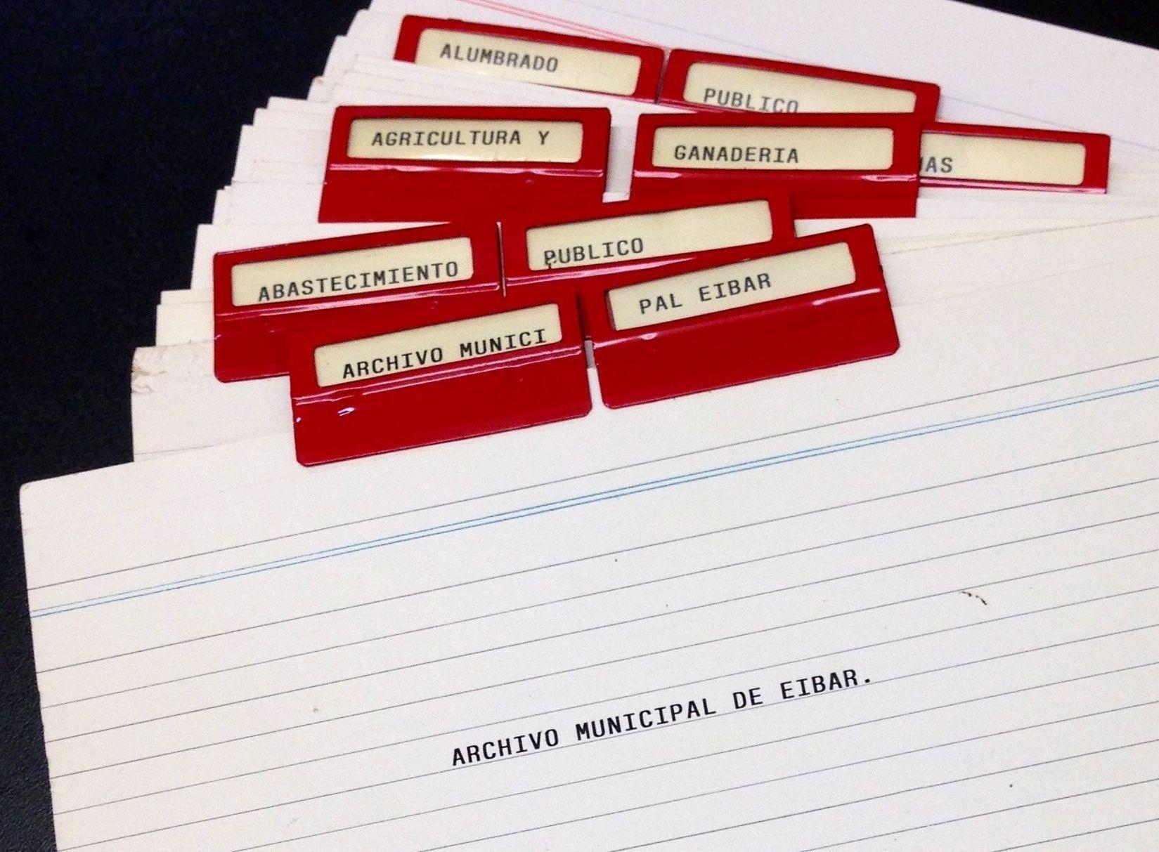 El Archivo municipal de Eibar publica la relación de todos sus fondos y colecciones.
