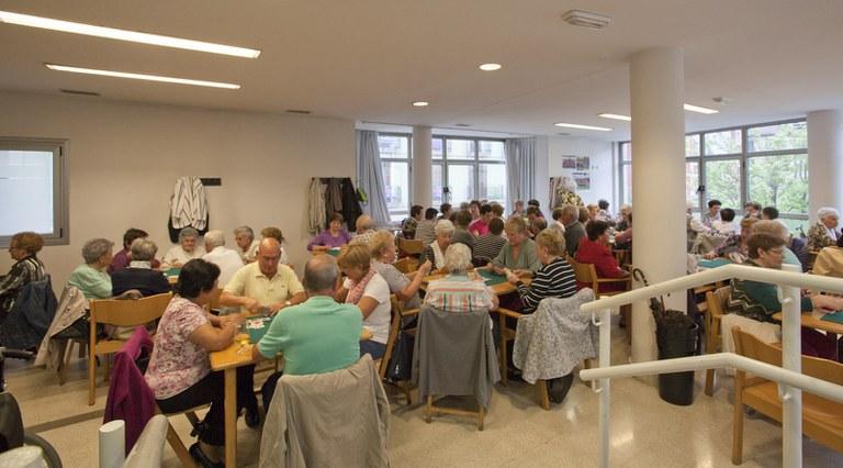 El Ayuntamiento amplía las ayudas a personas desempleadas y pensionistas perceptores de la RGI