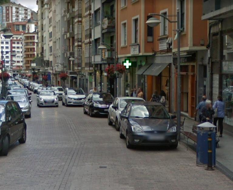 Calle Toribio Etxebarria.