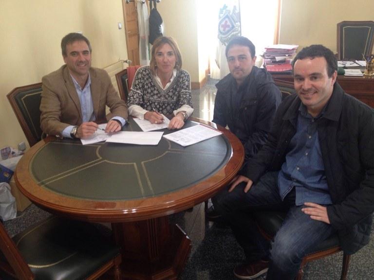 El Ayuntamiento de Eibar firma el primer acuerdo para que una empresa de Txonta se traslade a Matsaria