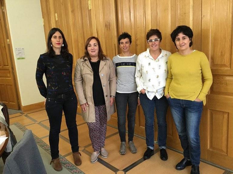 El Ayuntamiento de Eibar presenta un taller dirigido a personas mayores y sus cuidadores/as