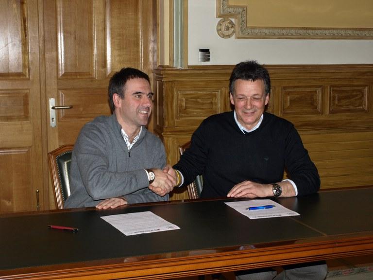 El Ayuntamiento de Eibar refrenda su compromiso con la 52. edición de la Vuelta ciclista al País Vasco