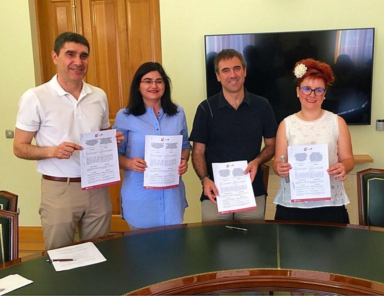 El Ayuntamiento de Eibar renueva el convenio con comerciantes eibarreses/as para la aportación de subvenciones