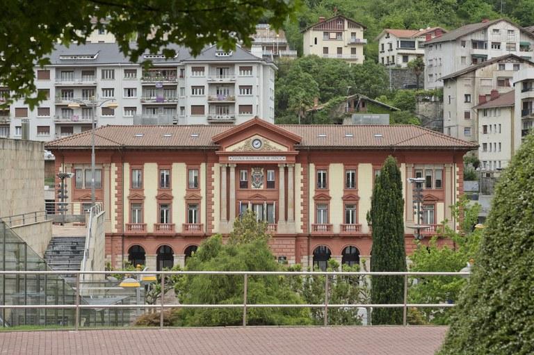"""El Ayuntamiento destina 90.000 euros a la puesta en marcha del """"Plan Pymes Eibar"""" para la mejora de la competitividad"""