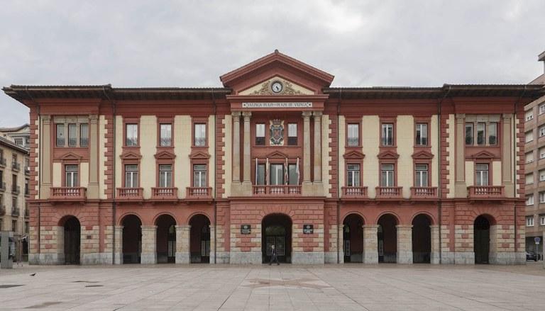 El Ayuntamiento promueve dos programas para el aumento de la empleabilidad de desempleados/as de Eibar
