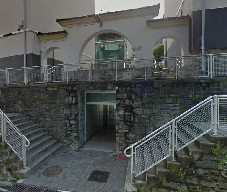 El Ayuntamiento trabaja para que el ascensor de Juan Antonio Mogel esté en funcionamiento en el menor tiempo posible