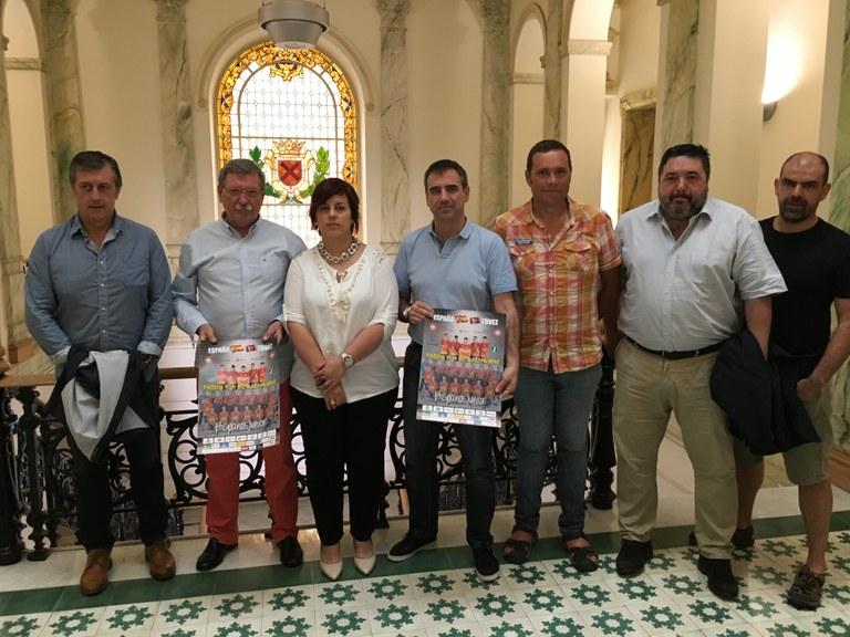 El polideportivo de Ipurua acogerá un partido de balonmano de nivel internacional