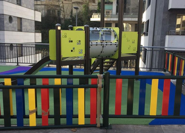 En marzo se abrirá un nuevo parque de juegos infantiles en Berdintasunaren pasealekua, a la altura de Legarre