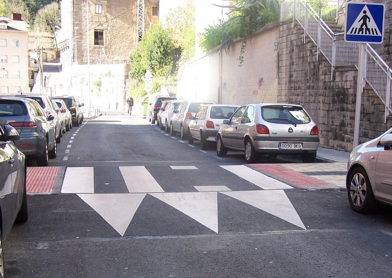 Las calles de Eibar contarán este año con 23 pasos de peatones sobreelevados nuevos