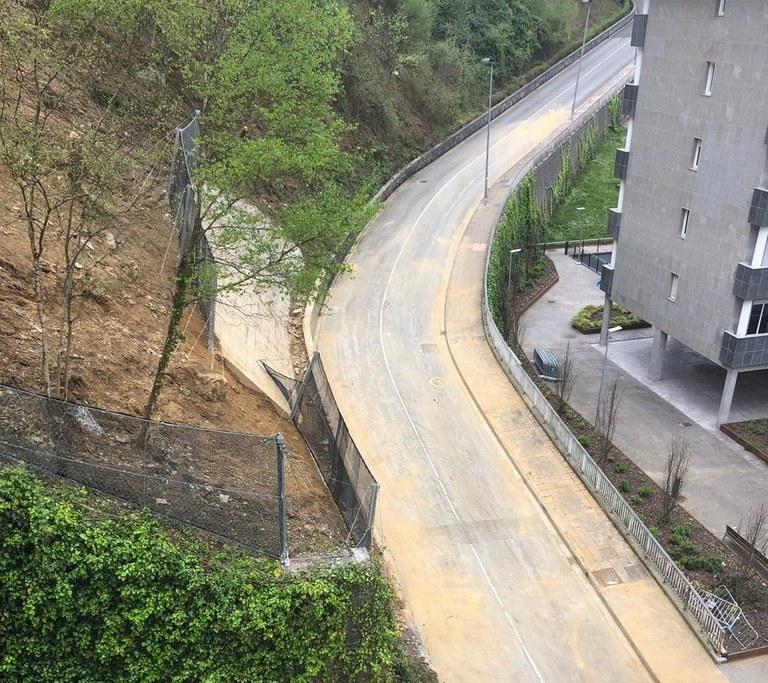 Reabierto al tránsito rodado y peatonal el vial entre Arane y Errekatxu