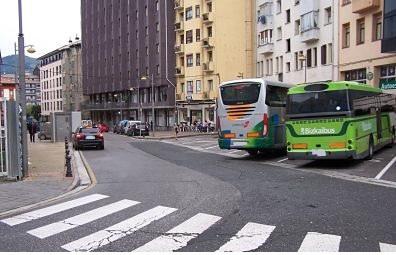 Eibarko Udalak parte-hartze prozesu bat ipiniko du martxan autobus geltokiaren kokapena zehazteko