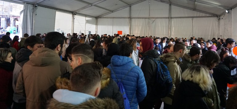 IX. Ikasenpresa Azokak Euskadiko Lanbide Heziketako ikastetxeetako 2.200 ikasle baino gehiago bildu zituen