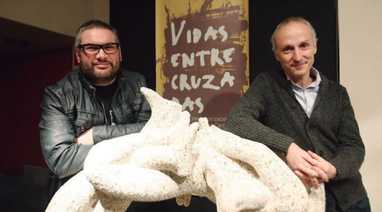 'Gurutzatutako bizitzak' erakusketa zabaldu da Portalean