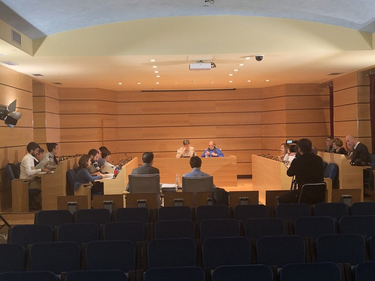 Udalbatzak aho batez onartu du Eibarko Udalean Euskararen Erabilera Normalizatzeko VI. Plana 2018-2022 epealdirako
